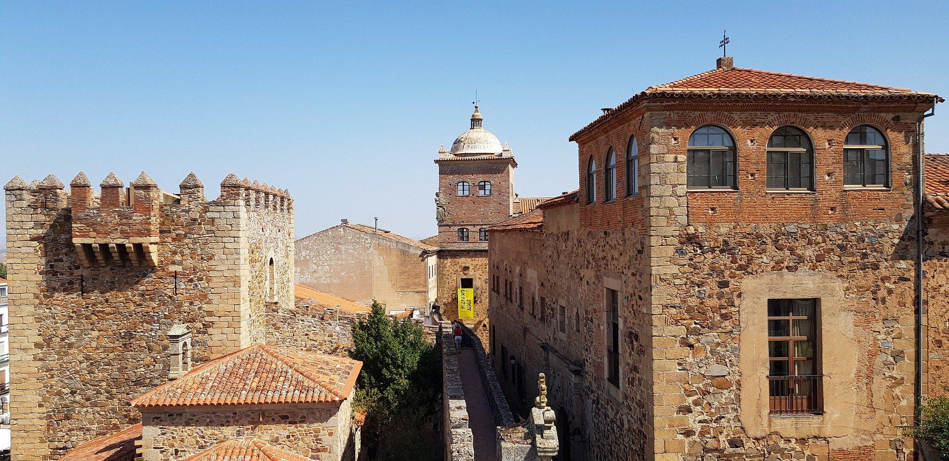 Cáceres, ciudad de historias y leyendas
